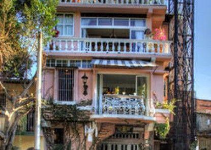 Rivera del Rio Boutique Hotel