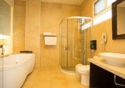 River Forest Resort Hotel