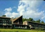 Pesan Kamar Cliff Wing Room di River Kwai Village Hotel