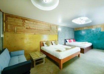 Riverpool Resort