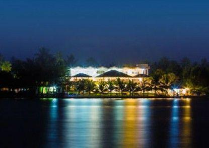 Riverside ARALIYA