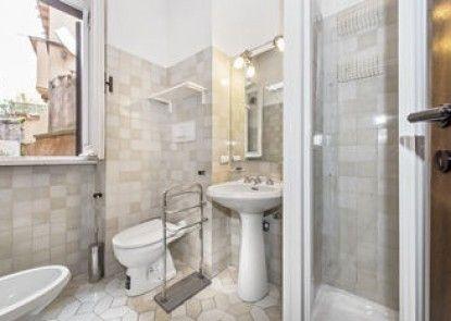 Romantica Apartments