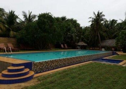 Rosaanne Beach Resort