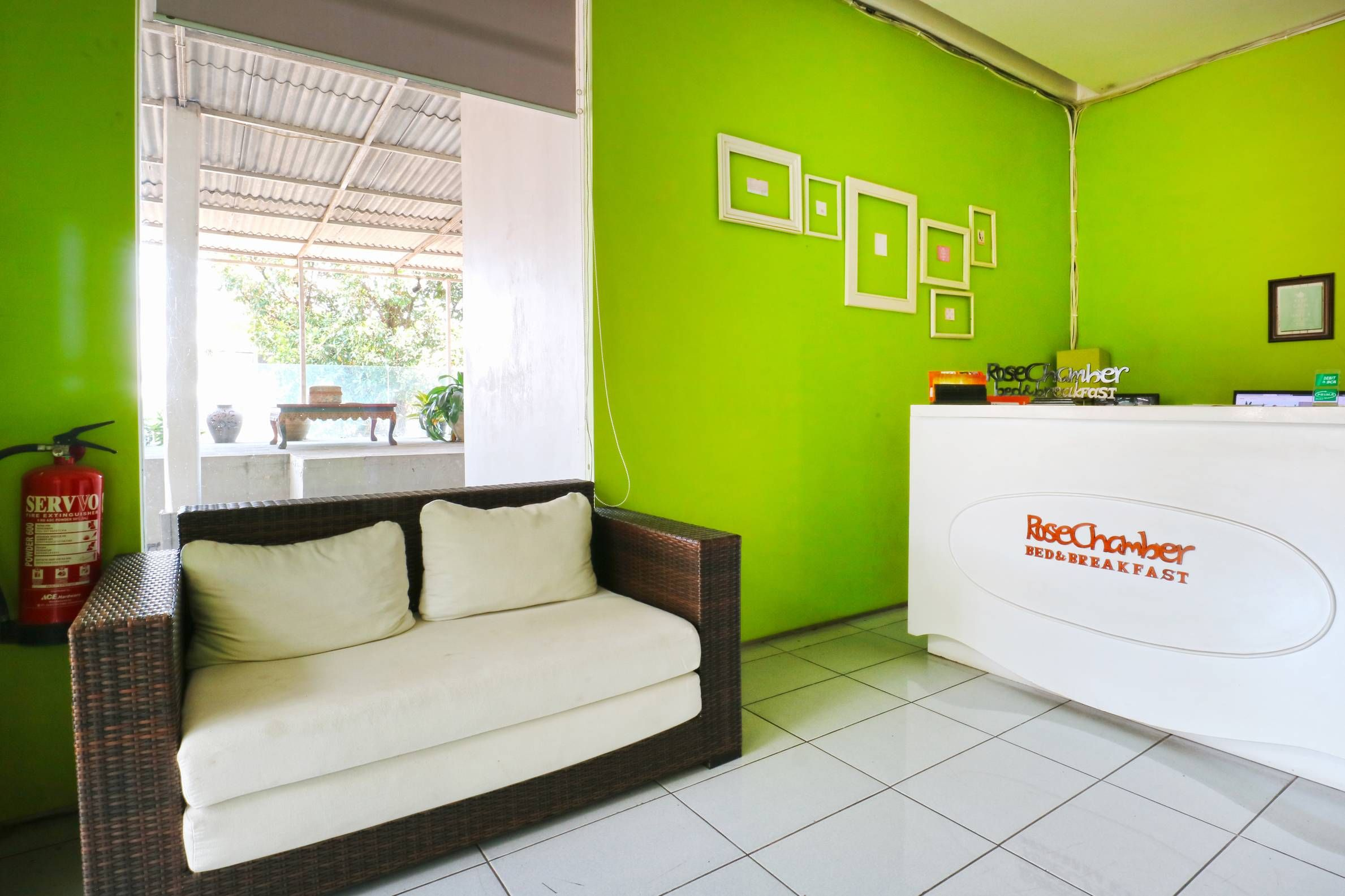 Rose Chamber Bed and Breakfast, Bandung