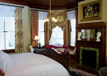 Rosemary Inn Bed & Breakfast