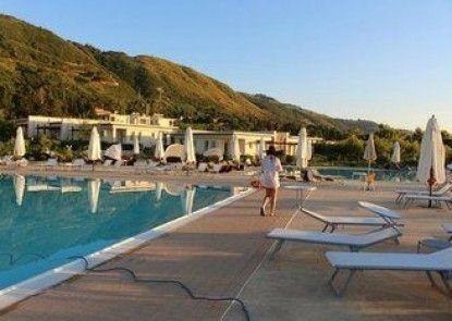 Rosette Resort