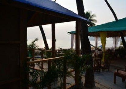 Roundcube Beach Bungalows