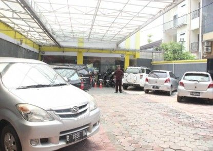 Rovi Boutique Hotel %hotel_parking_area%