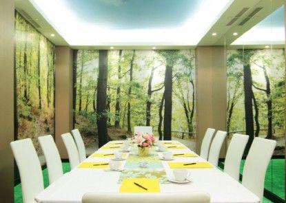 Royal City Hotel Tomang Jakarta Ruangan Meeting