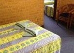 Pesan Kamar Suite, 2 Kamar Tidur di Royal Palms Motor Inn