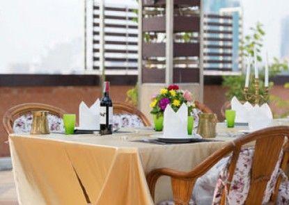Royal Beach View Suites