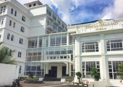Royal Darmo Malioboro Hotel Eksterior
