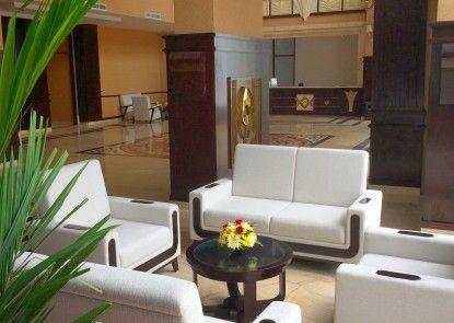 Royal Darmo Malioboro Hotel Lobby