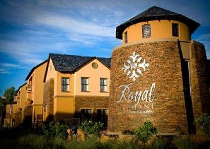 Royal Elephant Hotel & Conference Centre