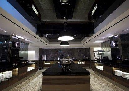Royal Group Hotel Ho Yi Branch
