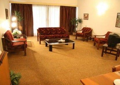 Royal Maadi Hotel