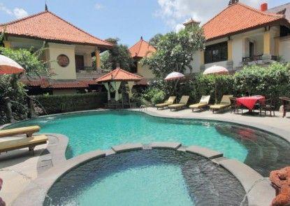 Royal Tunjung Bali Villa Kolam Renang