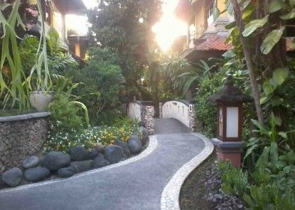 Royal Tunjung Bali Villa Sekitarnya