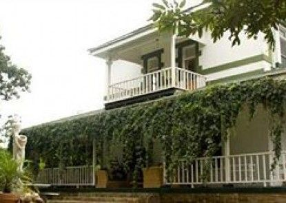 Royston Hall Guesthouse
