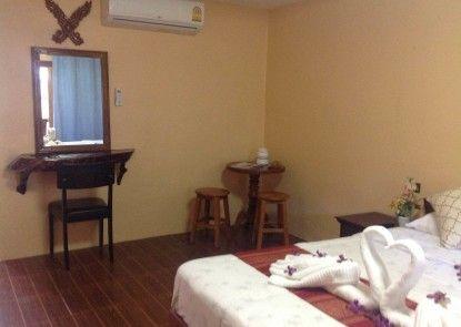 Ruan Mai Naiyang Beach Resort