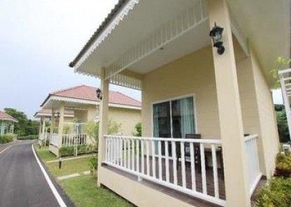Ruen Maihom Riverside Cottage