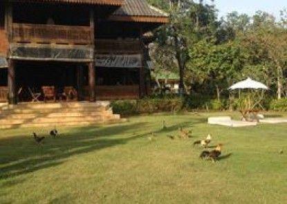 Ruenthairimhaad Resort