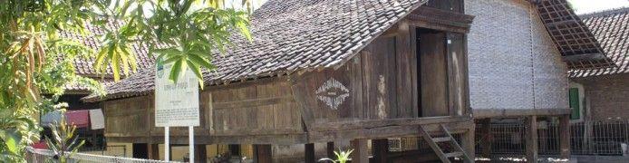 Panjalin Traditional House