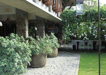 Rumah Batu Villa and Spa Eksterior