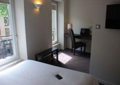 Ruthenium Hotel