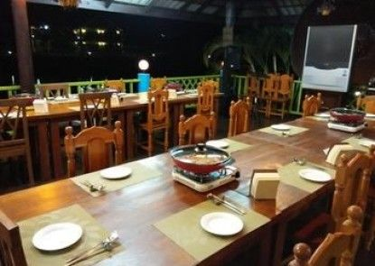 Saensukkho Hotel & Resort