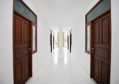 Sky Inn Jelambar 1 Jakarta Interior