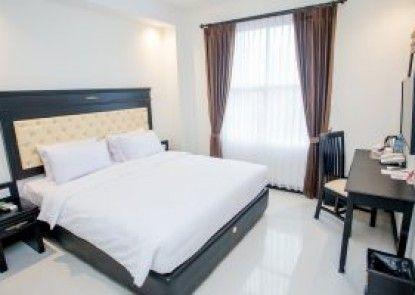 Same Hotel Kendari Kamar Tamu