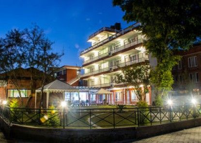 Sampada Garden Resort