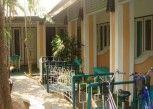 Pesan Kamar Jasmine Family Room di Sam\'s House Guesthouse