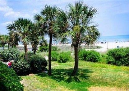 Sandcastle Oceanfront Resort at the Pavilion Teras