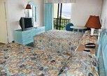 Pesan Kamar Suite, 2 Tempat Tidur Queen, Pemandangan Terbatas di Sandcastle Oceanfront Resort at the Pavilion
