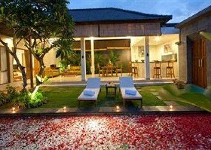 Sandi Agung Villa Teras