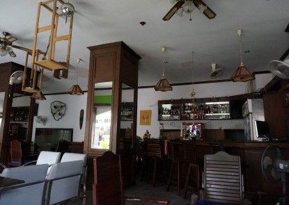 Sand Inn Hotel