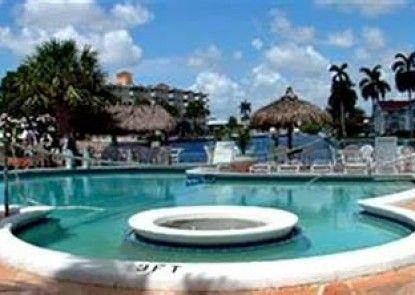 Sands Harbor Resort and Marina Teras