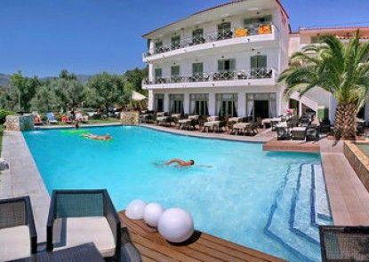 Sandy Bay Hotel