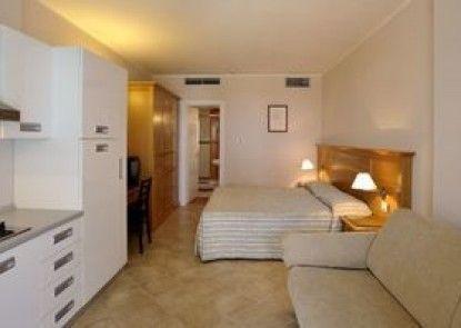 Santa Monica Resort & Village