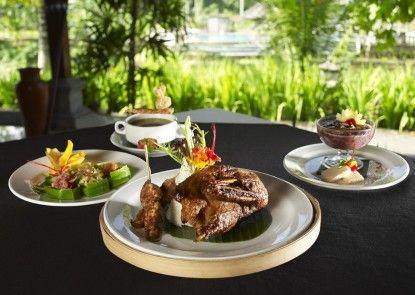 Santi Mandala Resort and Spa Makanan