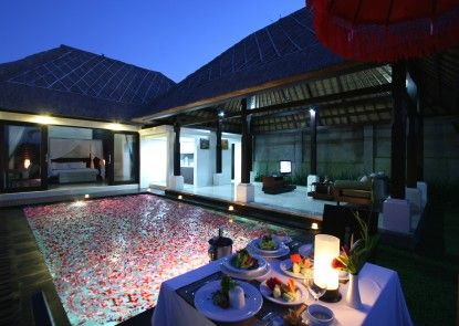 Santi Mandala Resort and Spa Vila