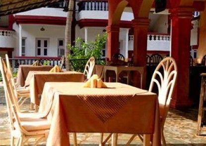 Santiago Resort