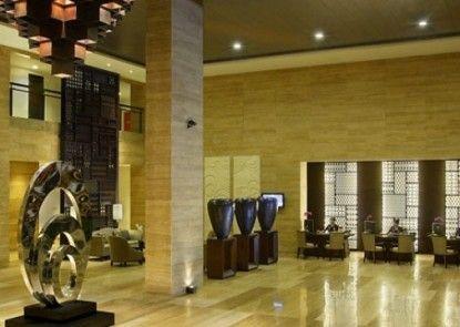 Hotel Santika Mataram Lombok Lobby