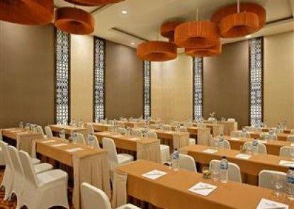 Hotel Santika Mataram Lombok Ruang Pertemuan