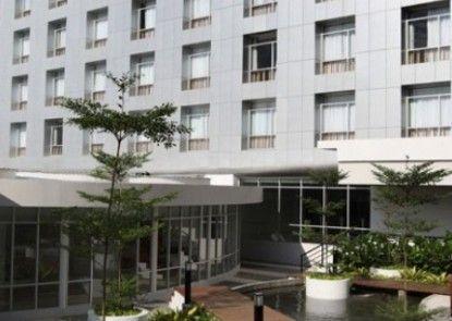 Santika Premiere Dyandra Hotel & Convention Medan Eksterior