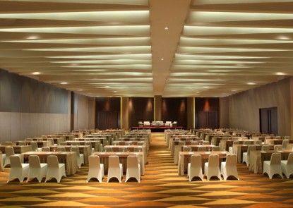 Santika Premiere Dyandra Hotel & Convention Medan Interior