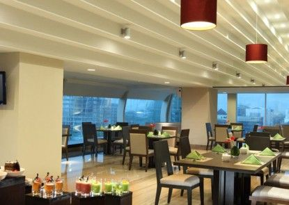 Santika Premiere Dyandra Hotel & Convention Medan Rumah Makan