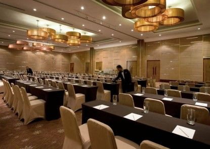 Hotel Santika Premiere Slipi Jakarta Ruang Pertemuan
